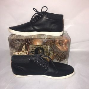 🎃 Men's Aldo leather ankle sneakers